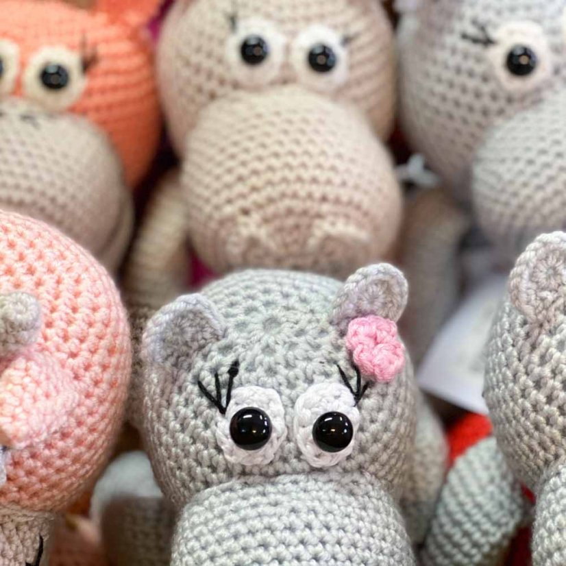 Crocheted hippo - motif 3