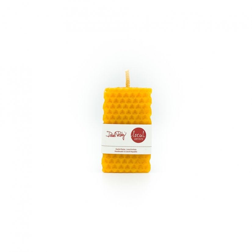 Beeswax candle – square, 4cm