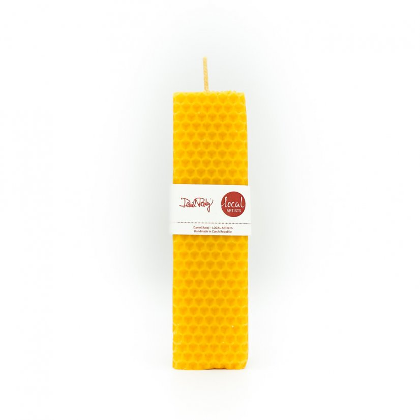 Beeswax candle – square, 14cm